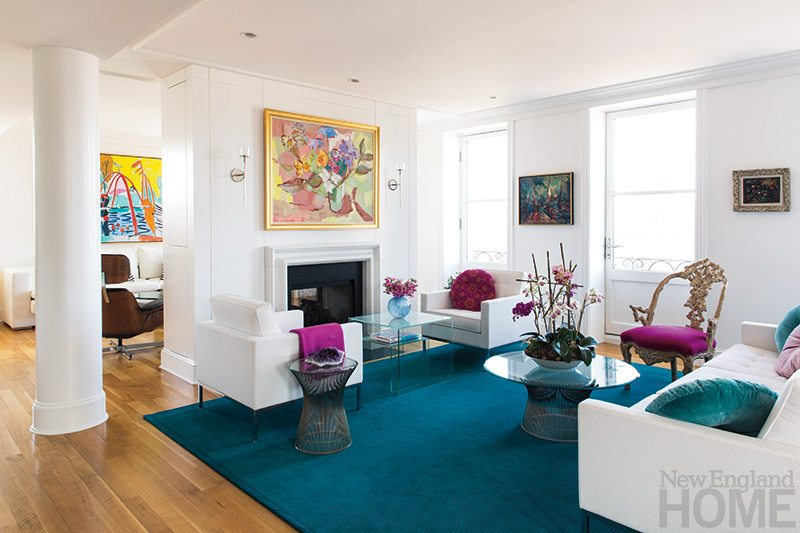 An Open Floor Plan Gives The Apartment Its Airy Feel While Still Providing Enough Wall Space For Art Heather Wells Chest