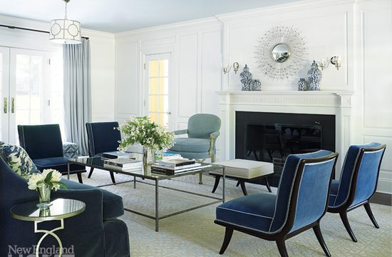 7 Rooms that will have you Falling In Love with Blue & White all Over Again