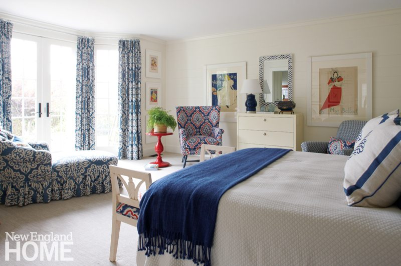 A Nantucket Home Designed for Family Gatherings - New ... on nantucket bedroom lighting, nantucket style cottages, nantucket living room, cheap cottages and bungalows decorating, nantucket spring, nantucket bedroom paint, nantucket dining room, nantucket style kitchens,