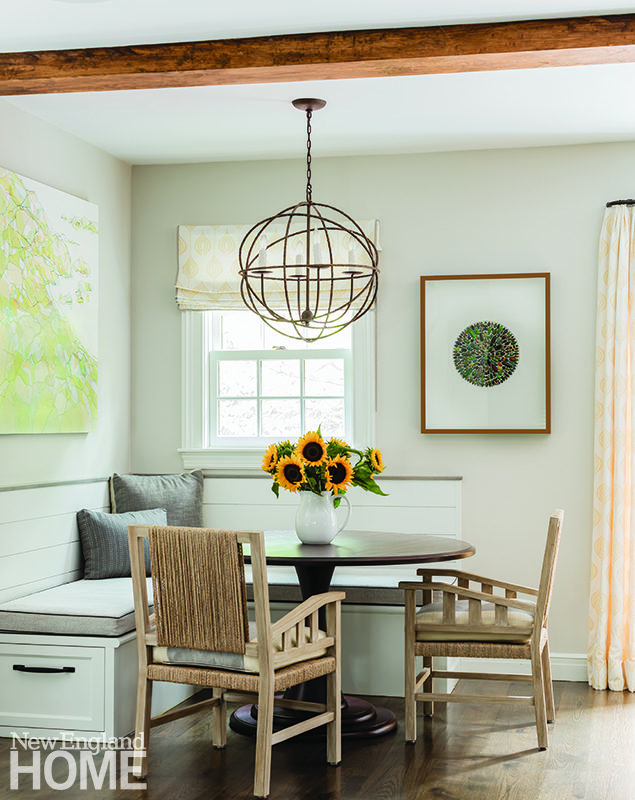 Breakfast nook with raffia-backed chairs